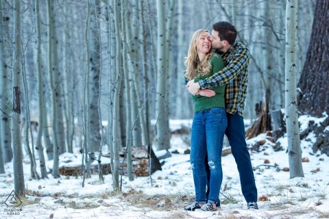 Przeciążenie Cuteness w California Snow - CA Engagement Photographer