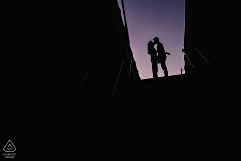 Brooklyn Bridge Engagement session - DUMBO pre-wedding portraits in silhouette