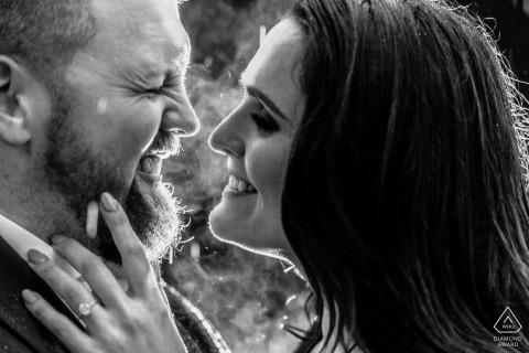 國家藝術館東翼夫婦肖像 - 前婚禮攝影師 - 在雨中甜蜜的吻之前的一刻