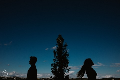 Pre-wedding photography in Bento Gonçalves - Brasil - engagement session silhouette