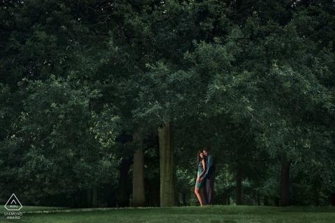 Greenwich, séance de portraits au parc avec arbres et lumière