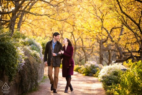 Chicago, IL engagement photos | a pre-wedding Autumn Stroll in the park