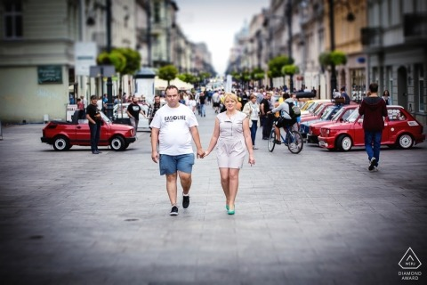 Piotrkowska street in Lodz engagement photography - A walk around the city