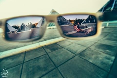 Edmonton, AB, Canada Engagement Shoot - framing in zonnebril