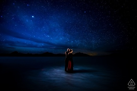 Bonneville Salt Flats Engagement Photos - Couple portrait under the stars