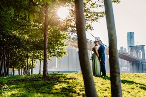 New York City - Metro - Dumbo Engagement portrait