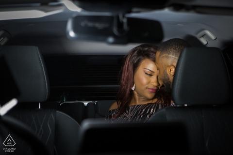 Pergola Gardens, Londen verlovingsportret in een auto