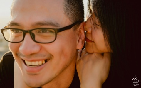 Tian'an Park PreWedding Photo - Girl kissing boys ear