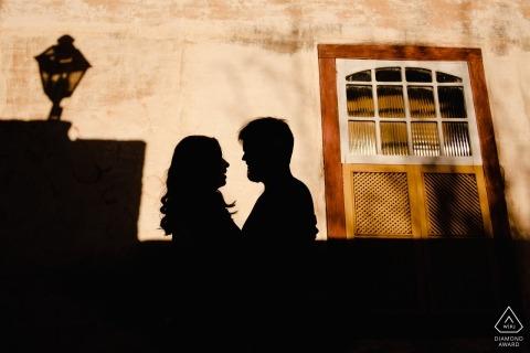 Brasilien Verlobungssitzung mit schönen Paar spät am Tag
