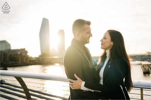 Engagement Session Portraits on London Bridge