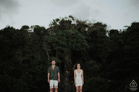 Voorafgaande fotoshoot met een paar op Samabe Beach Bali