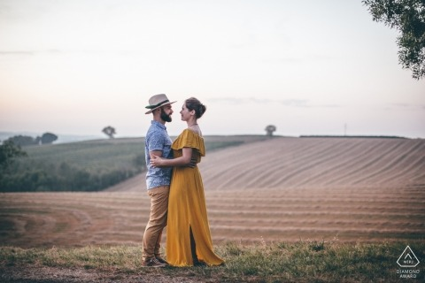 Gers, South of France Engagement PhotoShoot - A couple enjoying the end of summer in the countryside