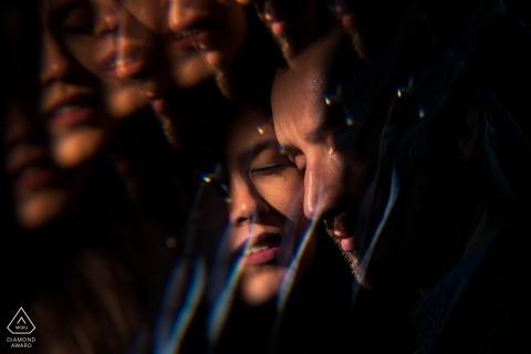 Betrokkenheidsportret uit Wiesbaden, Duitsland | Koppel door een prisma