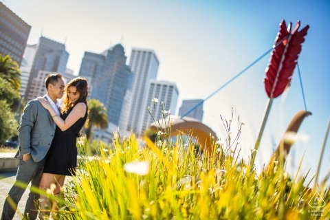 Engagement Photographer for San Francisco - Lindo abraço pela flecha do Cupido