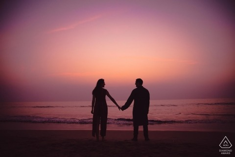Mumbai Lovers sky - engagement photography from the beach at sunset
