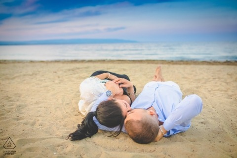 Pachino beach engagement portraits - love in sicily