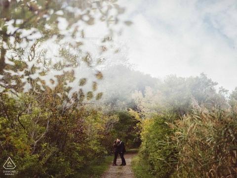 Cape Elizabeth, ME Photographie de fiançailles dans la nature