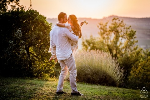 Castellina in Chianti, Siena PreWedding Photography | Betrokkenheid portret sessie in Toscane