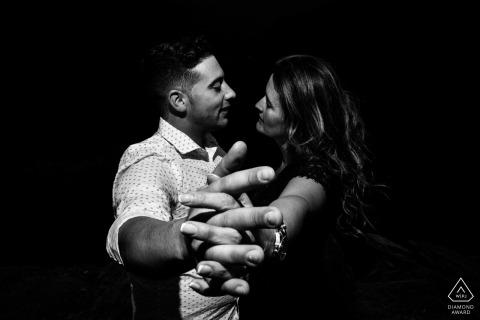 Arnadelo,蓬費拉達(西班牙)—對夫婦的肖像,預婚,近距離跳舞