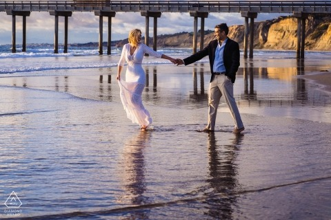 Scripps Pier, La Jolla Engagement Photography - Image contains:Couple on the beach