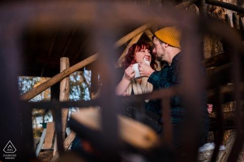 Olde Kamp Drenthe portrait d'un couple fiancé - coco chaud et cheminées