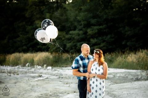 Château d'Uniejow, Pologne Portrait de couple - Deux amoureux avec des ballons.