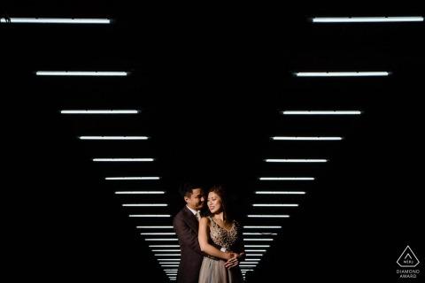 Fotógrafo de retratos de compromiso de Hong Kong | Sesión de pareja iluminada por encima
