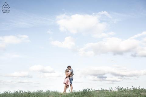 Bertinoro, Italie fiançailles et portraits d'avant mariage | Un doux moment à travers une atmosphère fondante comme un conte.
