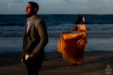 Caribbean El Morro, San Juan PreWedding Photographer: Ying Yang Method, using sunlight on man and flash on lady.
