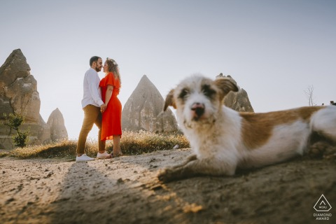 Pre-wedding portraits - dogs and couple in Cappadocia