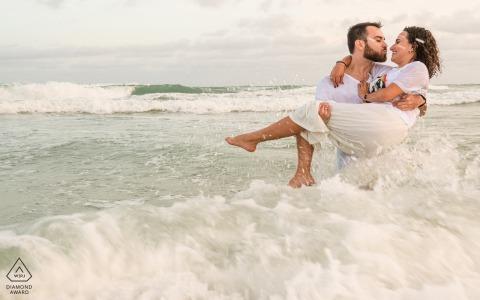 Paar Engagement Foto Session | Frances Beach, Alagoas planschen!