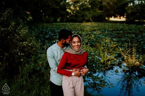 Séances de photos d'engagement | Swansea, Pays de Galles du Sud - Après s'être rencontré à l'Université de Swansea, le couple a voulu se promener dans Swansea pour leur séance de fiançailles