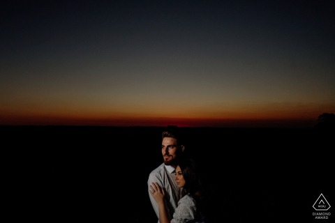 Engagement Photo Sessions | Matelandia, Paraná, Brazil - Illuminates