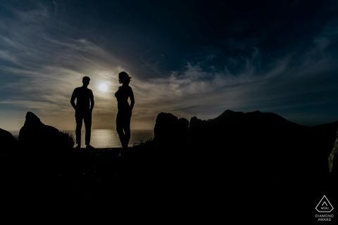 Photographe de fiançailles   Vignette du Cap de couple au coucher du soleil