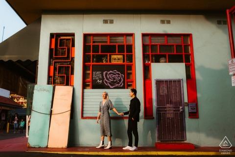 Fotografía de compromiso | Paseando por China Town y fotografiando retratos