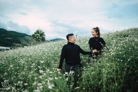 Da Lat, Vietnam pre-wedding photographer | Follow me into the fields of love