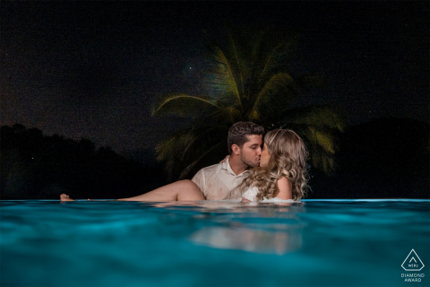 Santa Teresa, Espírito Santo, Brazil  e-Session with a couple in the blue pool