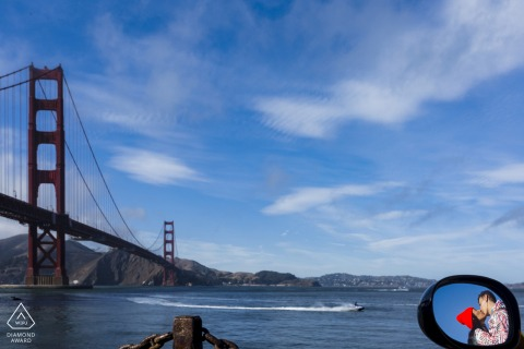 Verlobungsfotografie von Fort Point, San Francisco an der Golden Gate Bridge