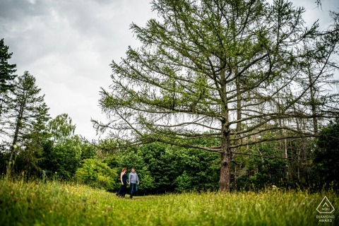 Brno portrait of couple at the forest edge