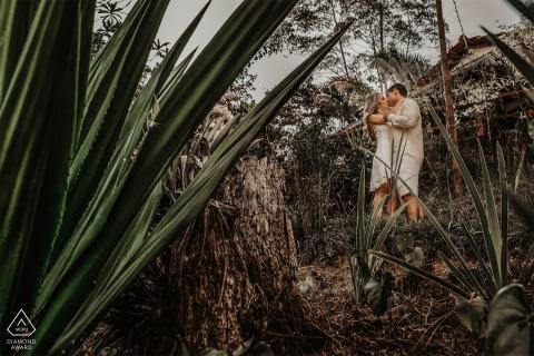 Santa Teresa, Espírito Santo, Brazil E-Session with a couple posing in the jungle forest