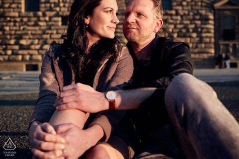 Tarde de sol fotografía de compromiso de pareja en Florencia