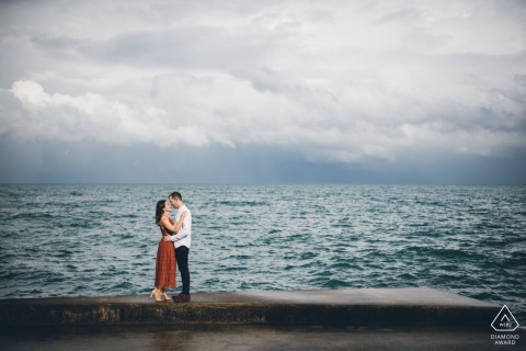 Lake lovers couple engagement photography at 35th Street Beach in Chicago