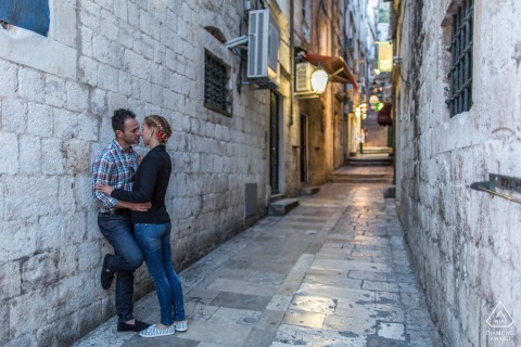 Croatia pre-wedding photo with a Little kiss in Dubrovnik