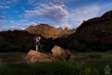 CO engagement photoshoot & pre-wedding session in Zion National Park with a Couple at sunrise