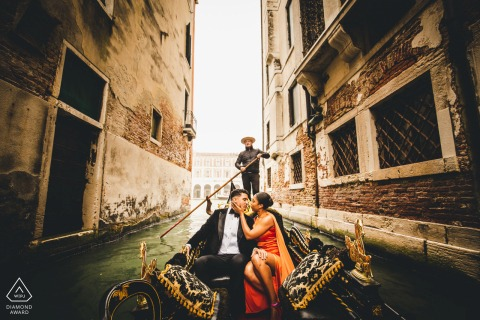 Italy engagement photo shoot riding a water taxi in Venice