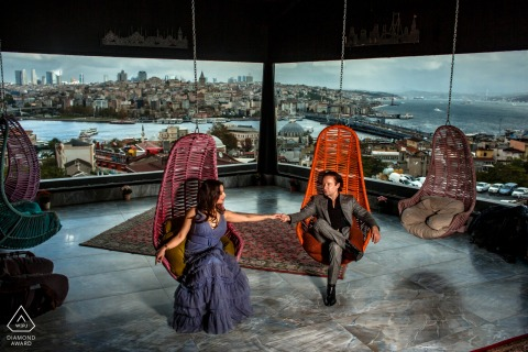 Photographie de mariage et de fiançailles en Turquie depuis un bel emplacement intérieur au-dessus d'Istanbul, Sultanahmet