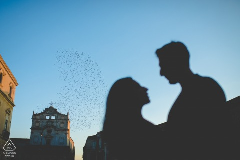 锡拉库扎(Siracusa)爱在奥提伽岛-西西里夫妇在飞行中与飞鸟进行婚前订婚合影