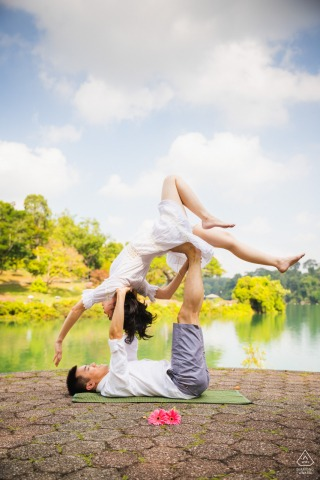 MacRitchie Reservoir, Singapore pre-wed portrait photography with Dancing to the skies