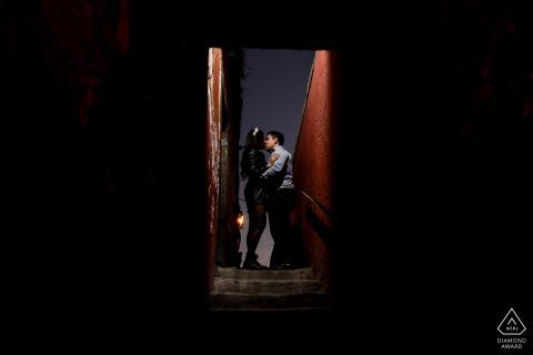 San Miguel de Allende Guanajuato en Canal Street Artful Engagement Fotografía tomada debajo de un puente con flash externo