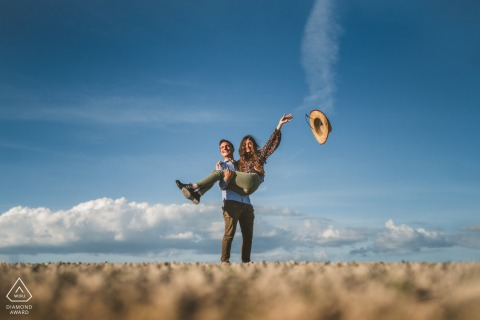 Crete Senesi, Siena environmental engagement e-session in a field and a tossed hat